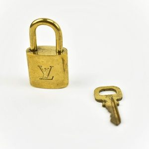 Louis Vuitton Gold Metal Padlock & Key Set #306 (X